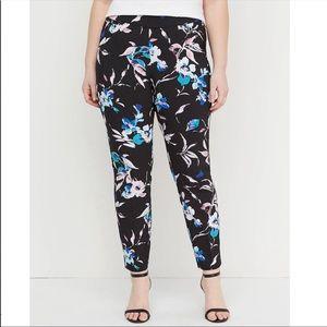 Lane Bryant Allie Pull On Floral Crop NWOT Size 16